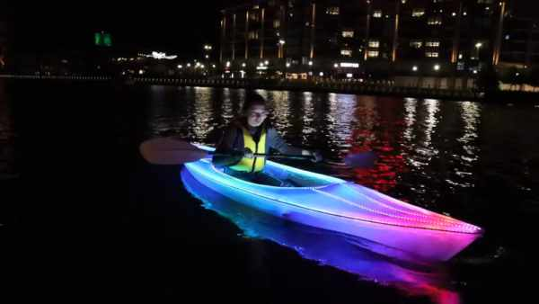 PARTY-CANOE-LIGHTS-UP-THE-WATER