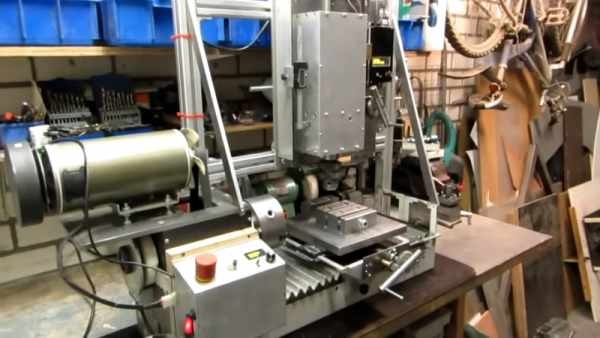 VERTICAL-MILL-COMPLETES-SCRAPYARD-LATHE-BUILD